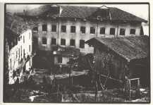 35 - La fabbrica antica