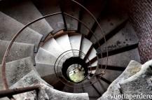 scendendo nel silos