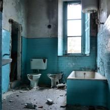 The blue bathroom